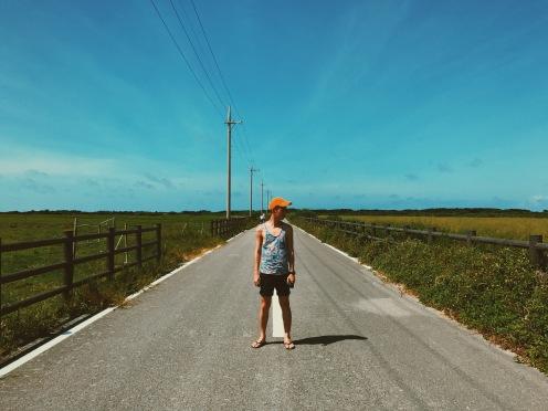 黑島直直的道路上